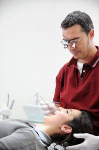 Zahnarzt Düsseldorf - Parodontalbehandlung 1